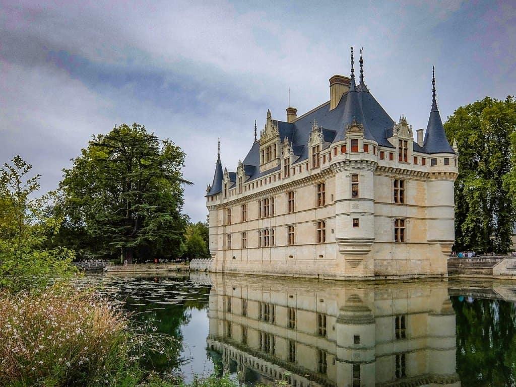 Azay Le Rideau Castle Medieval  - Montvalent / Pixabay