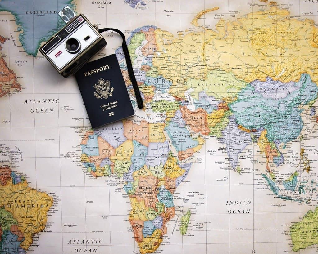 Passport Map World Trip Tourism  - Pamjpat / Pixabay