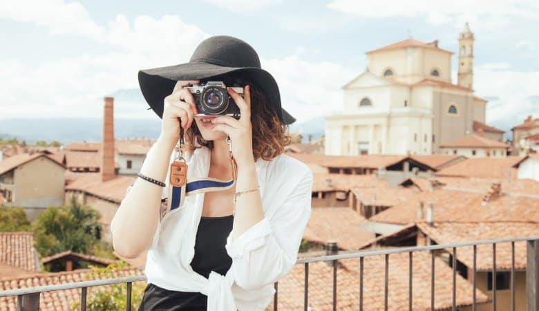 Photographer Tourist Snapshot  - SplitShire / Pixabay