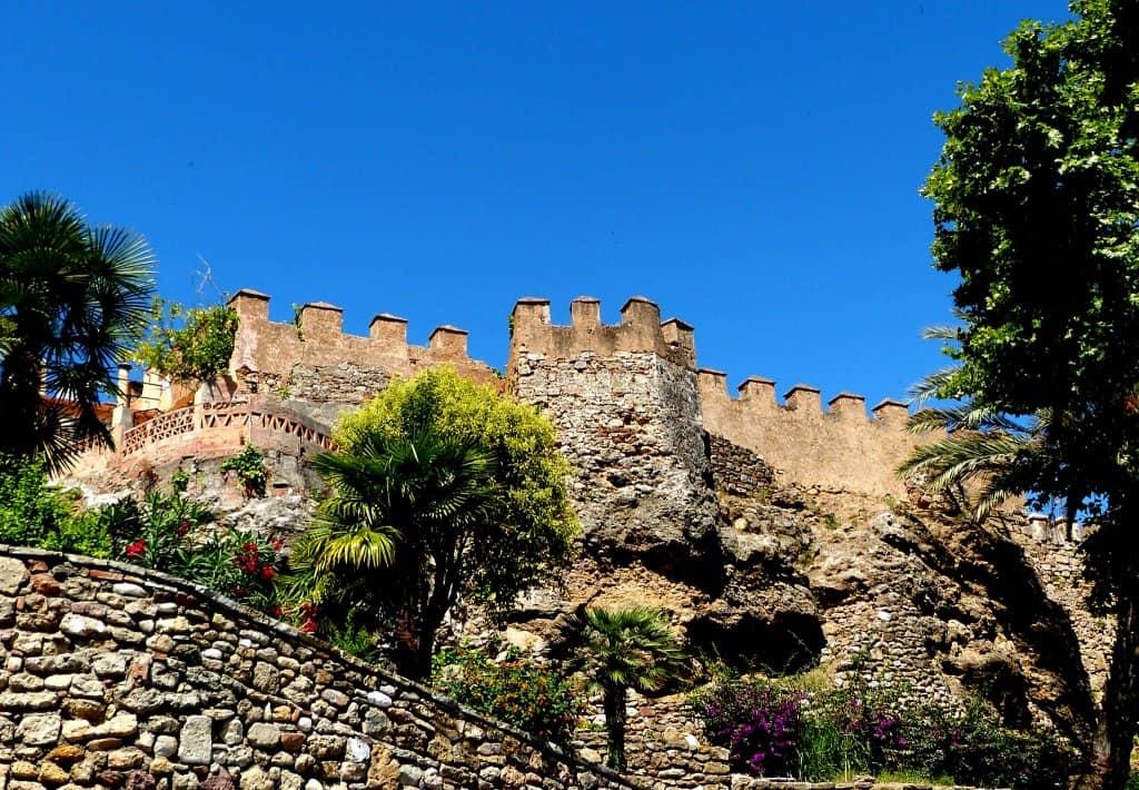 murailles chateau marbella